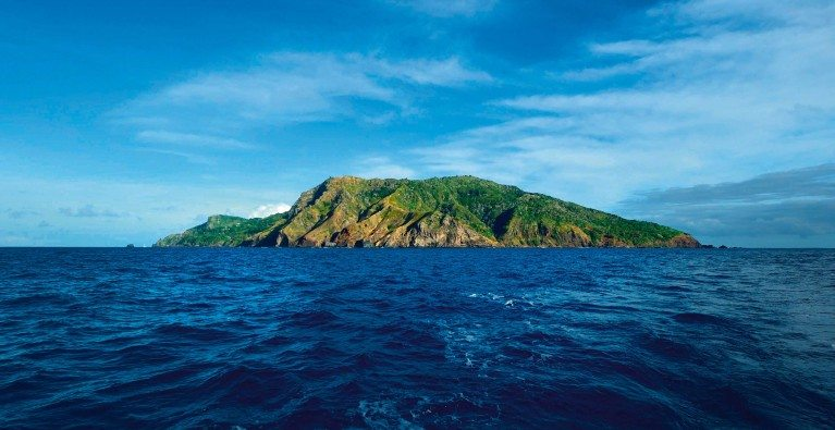 Pitcairn Islands: to be the world's biggest marine protected area